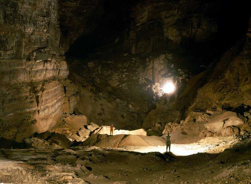 RRCPC Newsletter Vol No Article - Er wang dong cave china large weather system